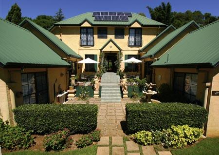 Luxury retreat, Accommodation Mt Tambourine, National Park