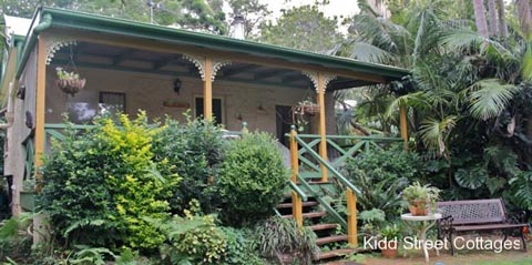 Cottages Tamborine, Holidays, Couples, Kids welcome