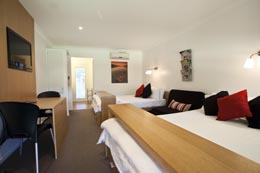 Accommodation Mount tamborine, Luxury Cottages, Self contained