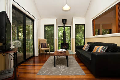 Accommodation Tamborine Mountains, Cottages, Self contained