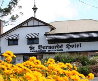 Weddings StBernards Hotel, Accommodation, Mount Tamborine functions