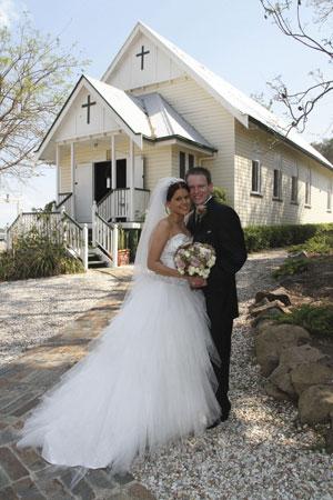 Albert River Wines, Tamborine Weddings, Vineyard Wedding