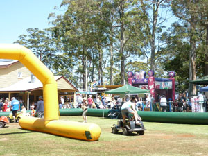 Tamborine Markets, Produce, market days