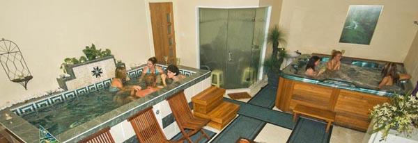 Mineral Bath, Steam Room and Hydrotherapy Spa, Massages Tamborine