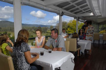 Winery and cellar Door, Mundoolun, Albert River
