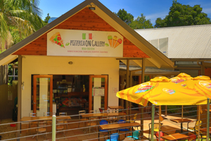 Pizzeria on Gallery Walk, Tamborine Mtn, Eating Out