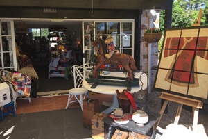 Gallery Walk,l Lindareen Collections, Shopping, Attraction Mt Tamborine