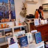 Bookshops tamborine Mountain, Art and Books