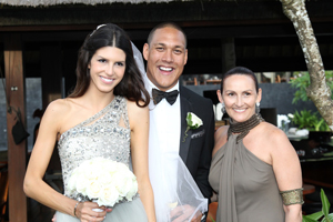 Liz Pforr, Celebrity Celebrant, Weddings on Tamborine Mountain