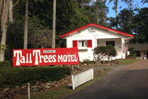 Tall Trees Motel, Mt Tamborine Motel, Accommodation near Gallery Walk